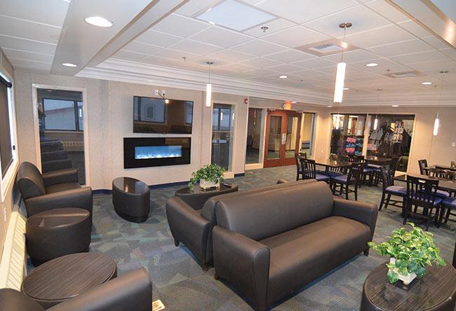 Nanuq Lounge at Top Of The World Hotel, Alaska